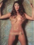 Jennifer anniston topless on beach