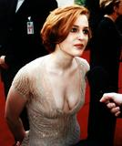 http://img158.imagevenue.com/loc174/th_24380_Gillian_Anderson_21_2.JPG