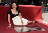 th_05524_JLD_honored_with_star_on_hollywood_walk_of_fame_30_122_509lo.jpg