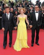 th_90277_Tikipeter_Jessica_Chastain_The_Tree_Of_Life_Cannes_002_123_561lo.jpg